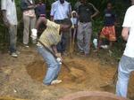 Kamerun / Erste Grabungen